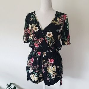 Band of Gypsies Black Floral Shorts Romper M